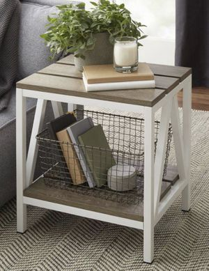 Set of 2 end side accent tables - New for Sale in Taylor, MI