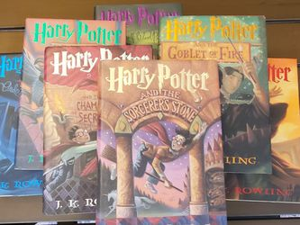 Vintage, USED, WORN, READ, original Mass Printing Of All 7 Harry Potter Books for Sale in Archer,  FL