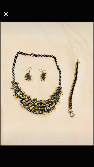 Beautiful statement necklace and matching earrings, bracelet for Sale in Murfreesboro, TN