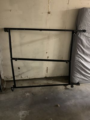 Metal bed frame - full/queen for Sale in Concord, CA
