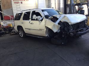 2009 GMC Yukon DENALI 4x4 6.2 Parting out for Sale in Fontana, CA