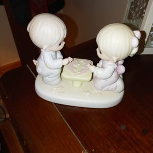 Precious Moments LET'S PUT THE PIECES TOGETHER Porcelain Figurine NEW IN BOX for Sale in Winder, GA