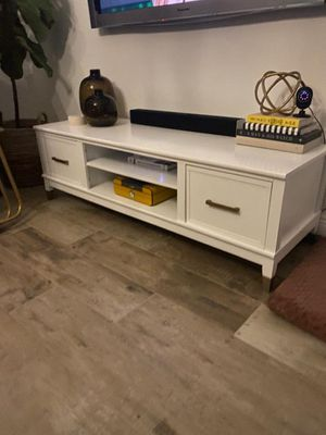 Modern TV Stand/Entertainment Center/TV Bench- Ikea, Bo Concept, Calligaris, West Elm, CB2, Crate and Barrel, Restoration Hardware, Artefacto, Modani for Sale in Miami, FL
