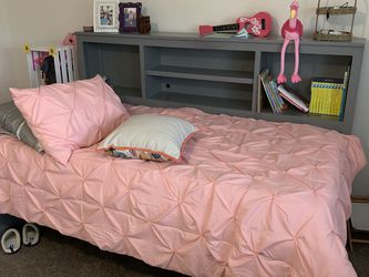 Girls Twin Bed for Sale in San Diego,  CA