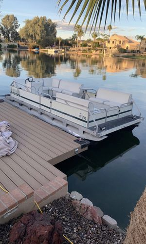 16x7 Electric Pontoon Boat for Sale in Chandler, AZ