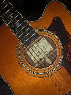 Electric acustic guitar epiphone for Sale in Pittsburgh, PA