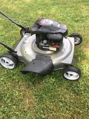 """Craftsman lawnmower push only 5.50hp 22""""cut for Sale in Downers Grove, IL"""