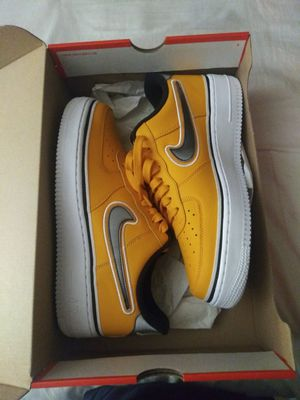 Size 9 1/2 Nike Air Force 1 '07 LV8 SPORT (BV1168 700) for Sale in Sunnyvale, CA
