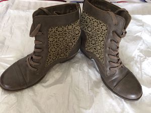 Women's Roxy Boot - Size 11 for Sale in IND CRK VLG, FL