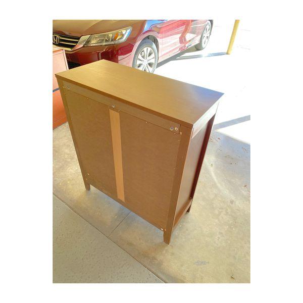 Wooden Book Shelf -excellent condition