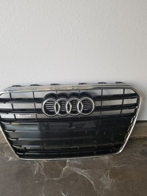 Audi A5 Glossy Black Center Grille for Sale in Austin, TX