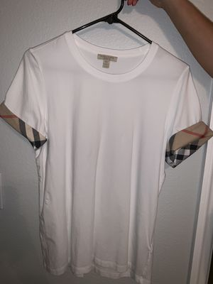 Women Burberry T-Shirt XL ! AUTHENTIC! $70 for Sale in Kissimmee, FL