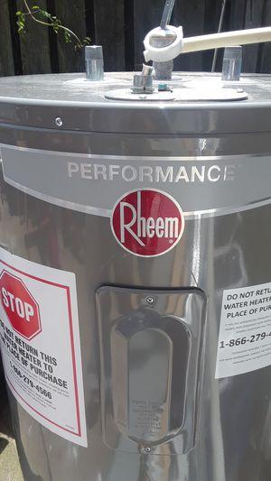 Performance Rheem water heater for Sale in Reynoldsburg, OH