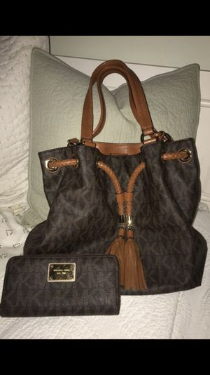 Michael Kors bag and wallet for Sale in West Palm Beach, FL
