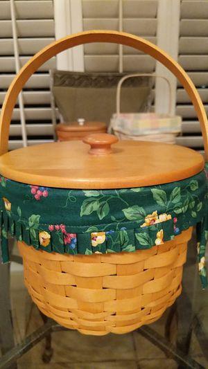 Medium Longaberger Basket for Sale in Cape Coral, FL