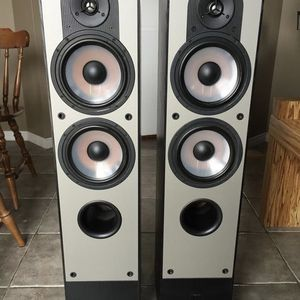 Paradigm high-end Home Theater Speakers (Subwoofer, Center Channel, FR, FL, RR, RL) - Tons of Power for Sale in Los Angeles, CA