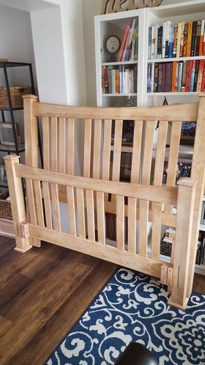 Queen bed frame and box springs for Sale in Thornton, CO
