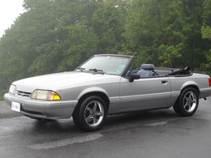 1993 Ford Mustang LX Convertible for Sale in Fairfax, VA