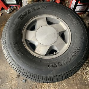 Winter Tires 16 Inch 6 Bolt for Sale in Montgomery, IL