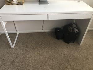 White Desk (IKEA) for Sale in Covington, WA
