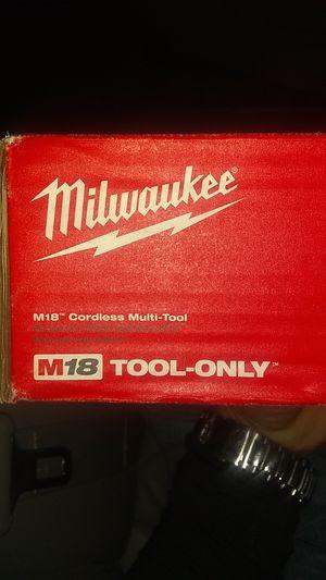 Milwaukee multi tool M18 for Sale in Spartanburg, SC