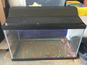 10 Gallon Fish Tank With Light and RANDOM fish things including filter for Sale in Mill Creek, WA