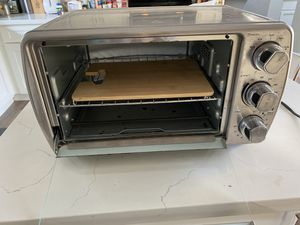 OSTER LARGE TOASTER OVEN VERY GOOD CONDITION for Sale in Los Angeles, CA