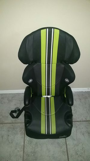 **PENDING**Free Booster Car Seat for Sale in Kent, WA
