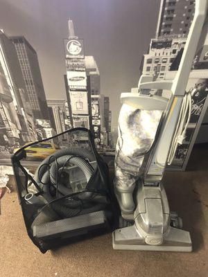 Kirby vacuum with accessories for Sale in Dunedin, FL