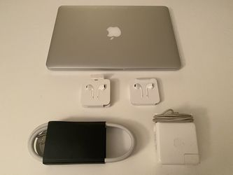 """Mac Book Pro 13"""", 2.7 GHz Intel Core i5 for Sale in New York, New York"""