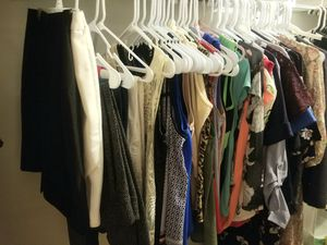 Free clothes / Ropa Gratis for Sale in Sunrise, FL