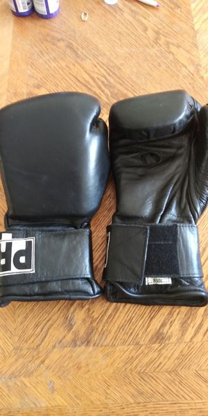 Pro Sparring Gloves for Sale in Baldwin Park, CA