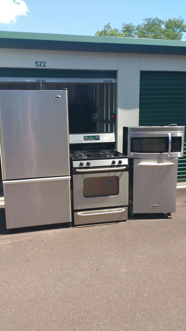 Stainless steel appliance set. 4pc