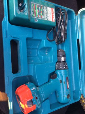 Makita drill - free, needs battery. for Sale in Herndon, VA