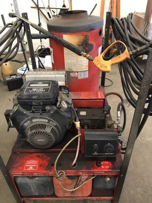 Heated Pressure washer for Sale in Columbus, OH