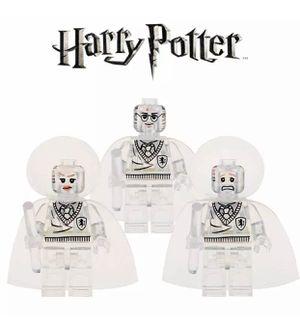Harry Potter invisibility cloak mini figures set Harry Potter,Ron, Hermione for Sale in Las Vegas, NV