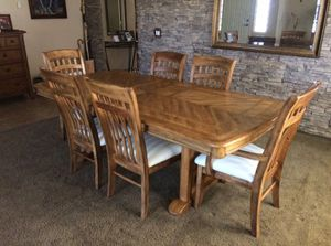 HOT DEAL on Dining Table Set for Sale in Gilbert, AZ