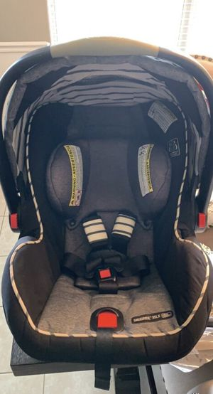Graco infant car seat for Sale in Bentonville, AR