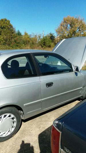 Hyundai Accent 2 door 2004 for Sale in Springfield, TN