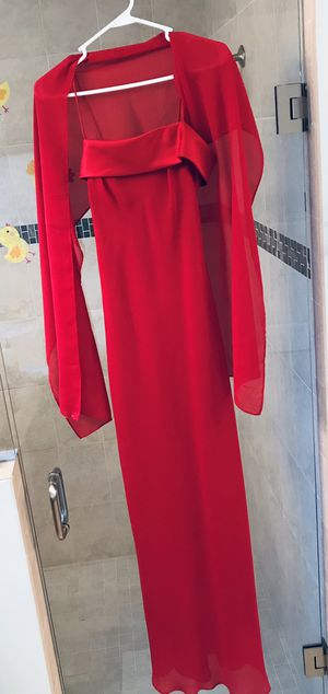Red gown size 6 for Sale in Fort Pierce, FL