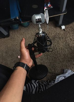 Neewer NW-1500 for Sale in Baltimore, MD