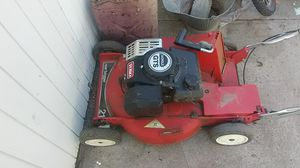 Troy built lawn mower runs but needs new blade for Sale in Colorado Springs, CO
