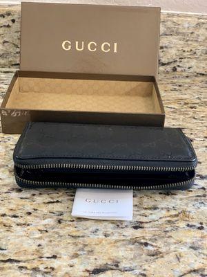 Gucci Women's Canvas Zip Around Wallet for Sale in San Antonio, TX