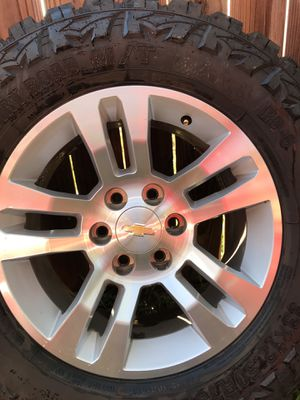 Chrome Chevrolet 5 spoke rims and wheels for Sale in Pflugerville, TX