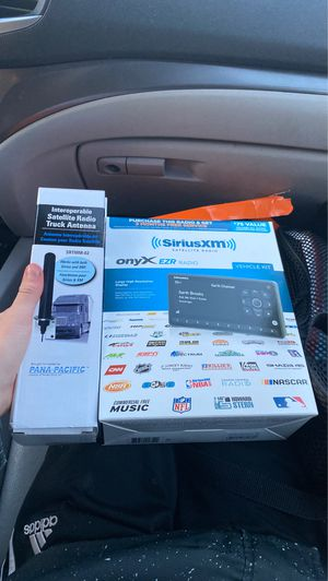 Sirius xm satellite radio and truck antenna for Sale in Rogers, MN