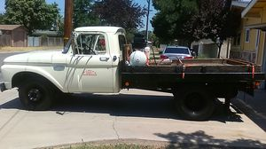 Ford F-150 Dually Flatbed v -8 for Sale in Visalia, CA