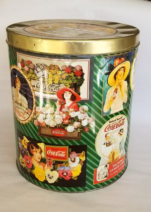 "Collectable Coca-Cola Popcorn Tin Condition - Good 11.5""T x 10""D Asking $15 for Sale in Las Vegas, NV"