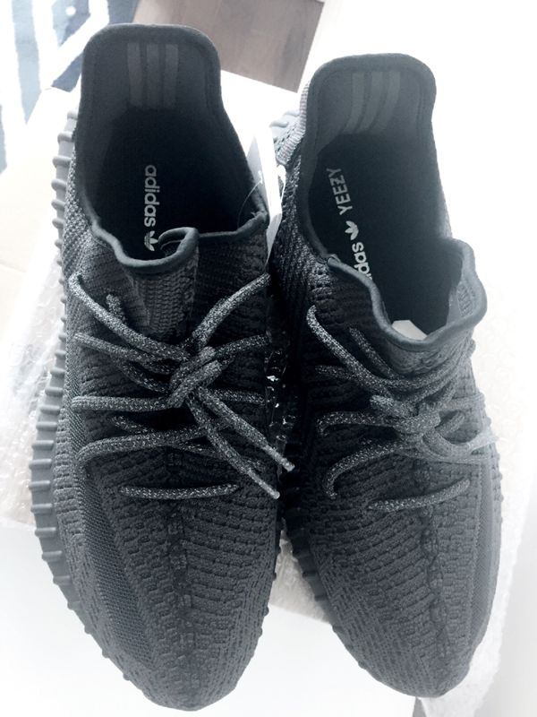 Adidas yeezy boost 350 v2 static black non reflective size 10.5