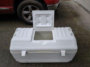 Nice big big igloo cooler for Sale in Puyallup, WA