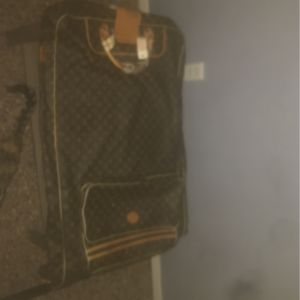 Louis Vuitton suitcase for Sale in Louisville, KY